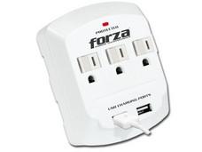 Regulador Forza 6500A/1875W con 3 contactos NEMA 5-15P, 2 USB.
