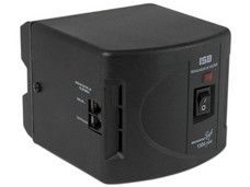 Regulador Sola Basic Microvolt, DN-21-132 con 8 contactos y protección de línea telefónica.